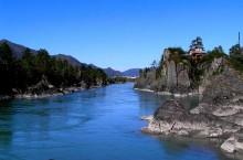Чемальский район – удивительный край озер и пещер.