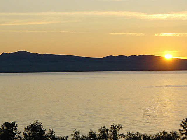 озеро Шира вечером
