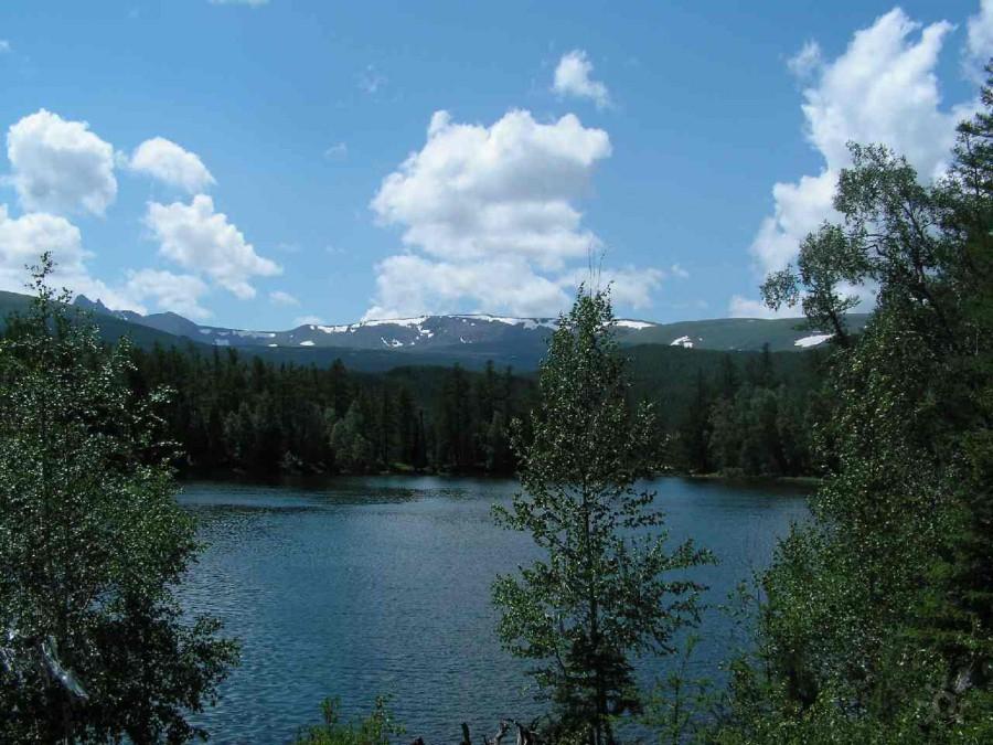 Горное озеро Ару-кем