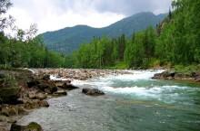 Река Кумир в Горном Алтае.