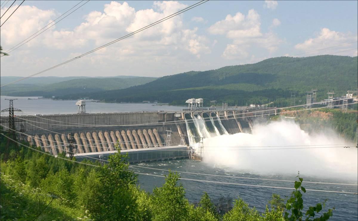 Водосброс на красноярской ГЭС
