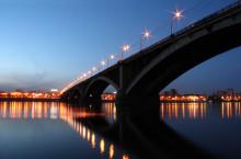 Коммунальный мост через Енисей в Красноярске