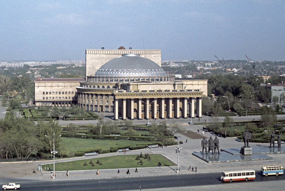 фото театр оперы и балета новосибирск