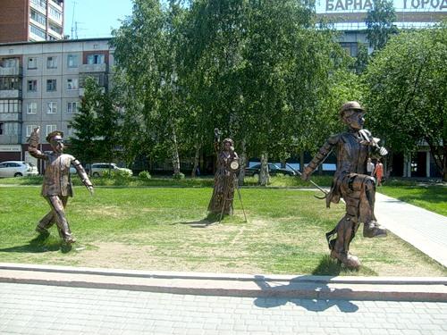 Памятник Внимание, снимается кино в Барнауле