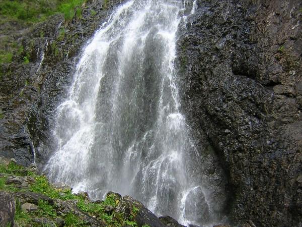 Чинбежский водопад