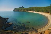Бухта Песчаная на озере Байкал — одно из лучших мест отдыха на Байкале