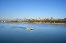 Река Обь — главная водная артерия Сибири.