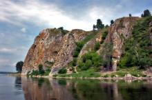 «Бабий Камень» и «Рябой Камень» в Кемеровской области