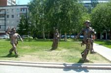 Памятник «Внимание, снимается кино!» в Барнауле