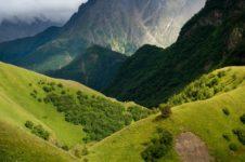 Кавказ или Алтай — какой тур выбрать